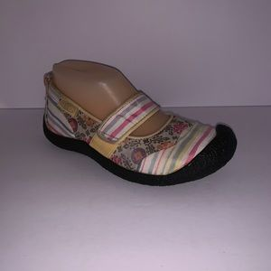 8925e409b7a8 Keen Patchwork Mary Janes
